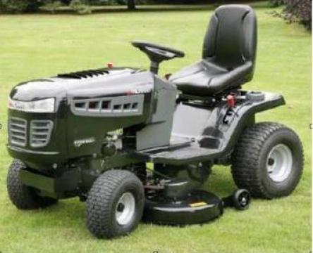 Tractoras tuns gazon de la Motor Force Impex Srl