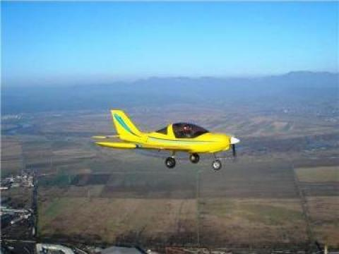 Inchiriere avion pentru zbor, survol de placere