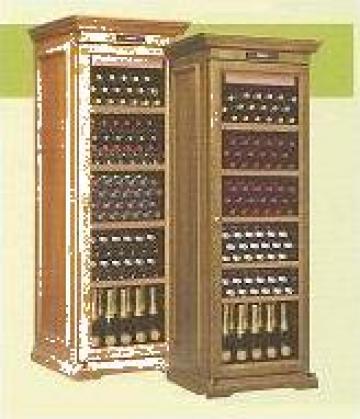Vitrine pastrare vinuri de la Mischel Leonardo Srl.