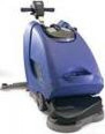 Masina spalat, curatat podele TTB4055 Traction de la Tehnic Clean System