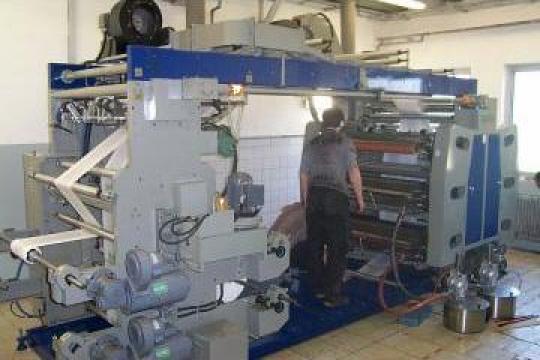 Masina pentru imprimat flexografica cu 6 culori de la Plastconsult Srl