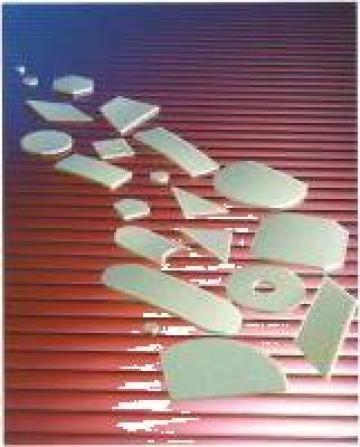 Placi absorbante din material plastic cu silicagel de la Camen Trading Co. Srl