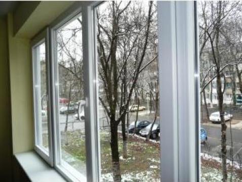 Sisteme de ferestre cu geam termopan de la Es Punct Es Srl