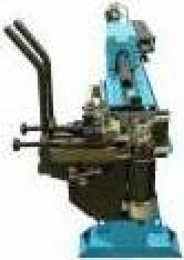 Masina manuala de indoit tevi, tuburi sau conducte de la Artem Group Trade & Consult Srl