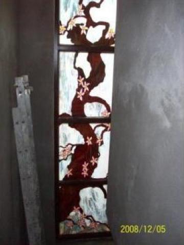 Sticla TIFFANY(vitraliu) montat in geam termopan de la Kiss Toma I.i.