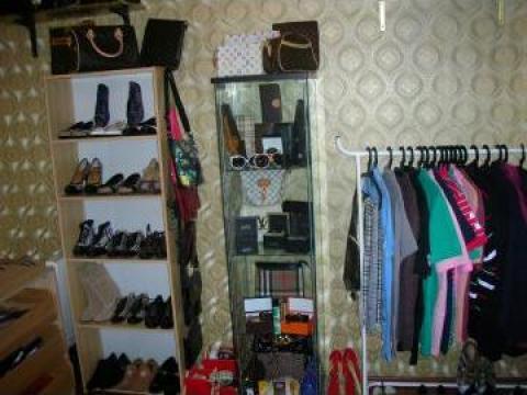 Pantofi, tenisi Burberry, Louis Vuitton