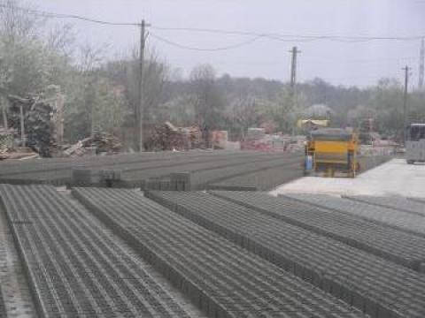 Boltari beton de zidarie de la N A D. Cornetu