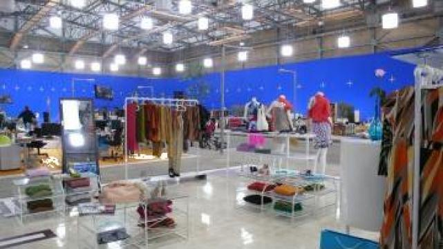 Mobilier magazin haine lux