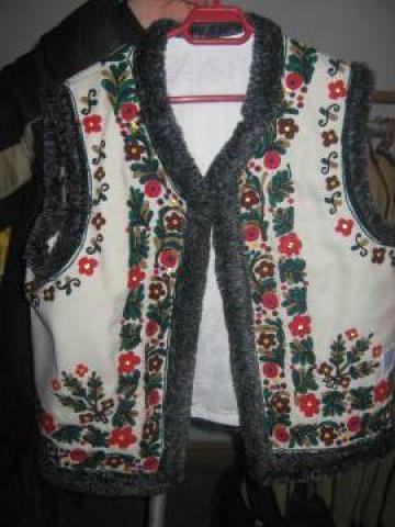 Vesta populara barbat zona Moldova