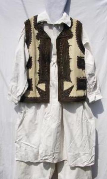 Costum popular zona Banat