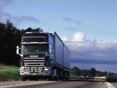Transport tiruri de la Universal Spedition Srl