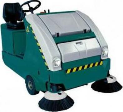 Masina aspirat diesel Dura 110 D de la Tehnic Clean System