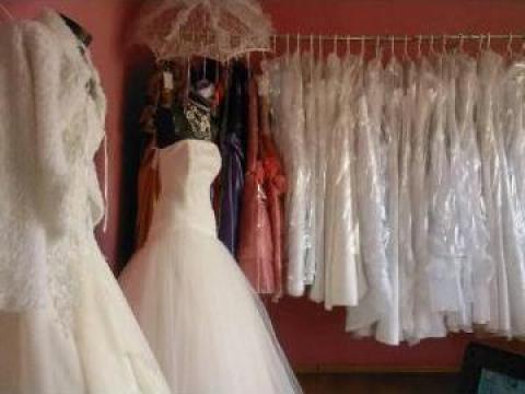 Inchiriere rochii mireasa de la Kinga Szalon