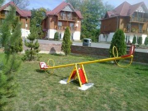 Balansoar de joaca pentru copii de la Art Decor Srl