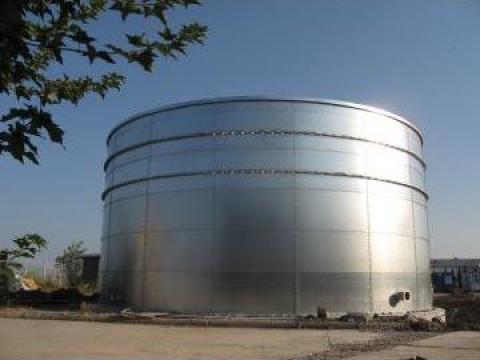 Rezervor metalic de la Highberg Solution