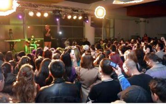 Inchiriere scena sunet lumini Suceava Galleria Mall