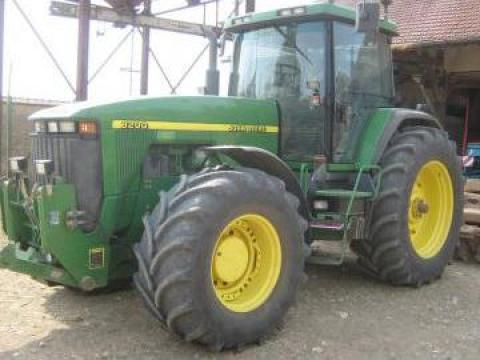 Tractor John Deere 8200 de la Casami Srl