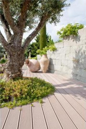 Parchet din lemn compozit pentru exterior-WPC Deck de la S.c. Pres Rom Construct S.r.l.