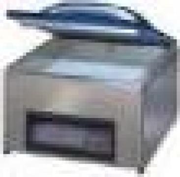 Masina de ambalat VAC 20