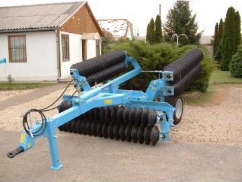 Tavalug clasic cu actionare hidraulica