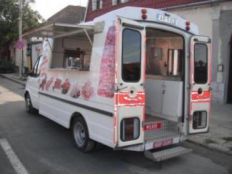 Autoutilitara Ford Transit echipat fastfood
