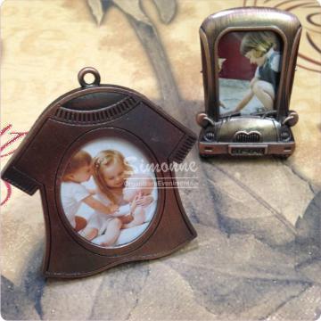Marturie rama foto vintage rochita masinuta de la Simonne