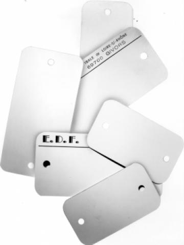 Etichete urmarire si etichetare produse industriale