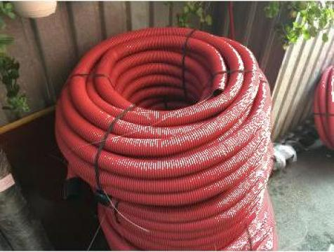 Tub riflat rosu diametru 63mm Tehn, rola 100 ml de la Baza Tehnica Alfa Srl