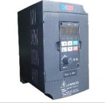 Convertizor de frecventa trifazat 0.75kW/400Hz de la Adf Industries Srl