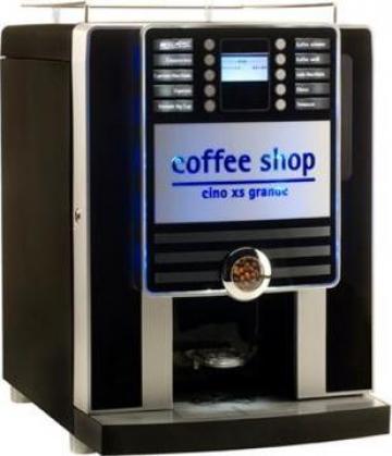 Distribuitor semiautomat cafea Rhea Vendors Cino XS de la Vending & Espresso Service Srl