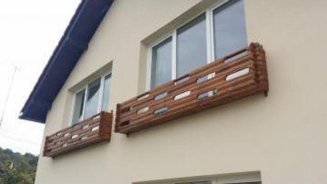 Balcon din lemn de tei moreni talapie radu gabriel for Modele de balcon din lemn