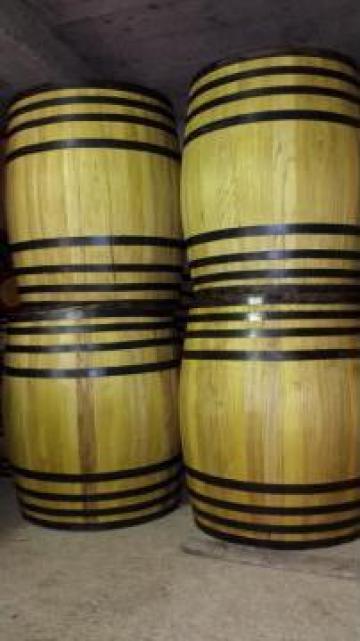 Butoaie din lemn de salcam de la PFA Tanase Victor