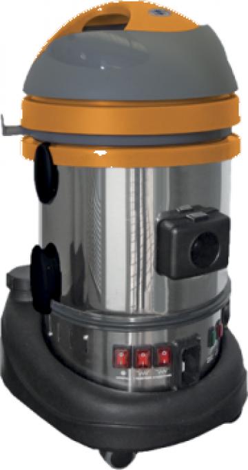 Aspirator cu generator de abur Durasteam 22 de la Tehnic Clean System