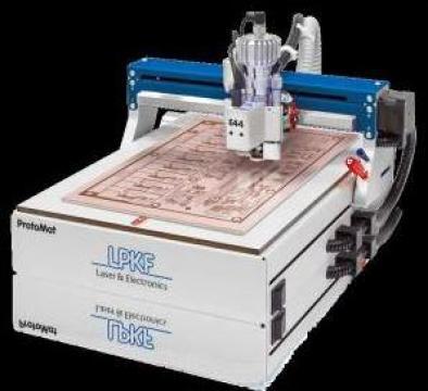 Masina pentru frezat si gaurit cablaje imprimate E44