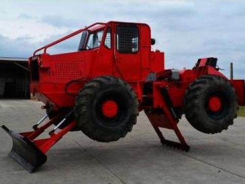 Tractor forestier Taf Perkins de la
