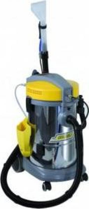 Aspirator injectie-extractie M 11 I de la Cleaning Group Europe