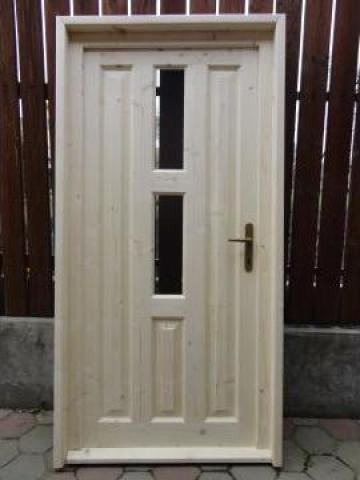 Usi lemn brad de la SC Generic Prodimpex SRL