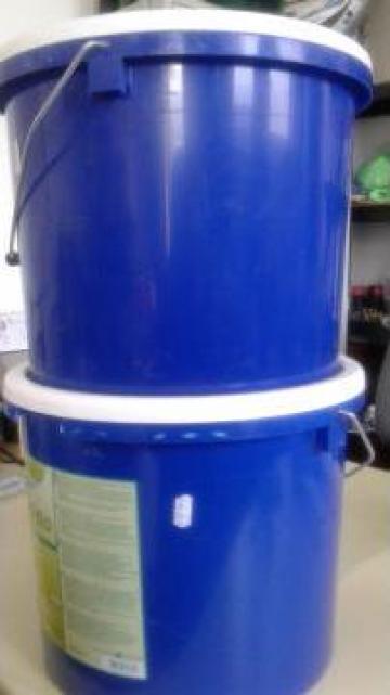 Detergent pudra curatat mochete si covoare de la Tehnic Clean System