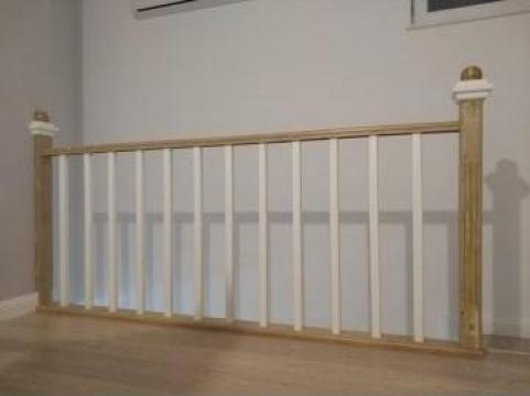 Balustrada lemn masiv de la Venbocons Srl