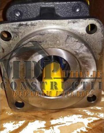 Pompa hidraulica buldoexcavatoare 85826148 de la Magazinul De Piese Utilaje Srl