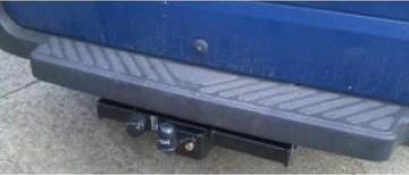 Carlig remorcare Ford Tranzit duba cu treapta dupa 2000 de la Gorun Service SRL