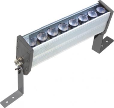 Proiector liniar cu 8 LEDuri de la Electrotools