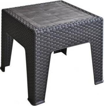 Masa pentru sezlong Classi Ratan culoare cafea 45x45cm de la Basarom Com