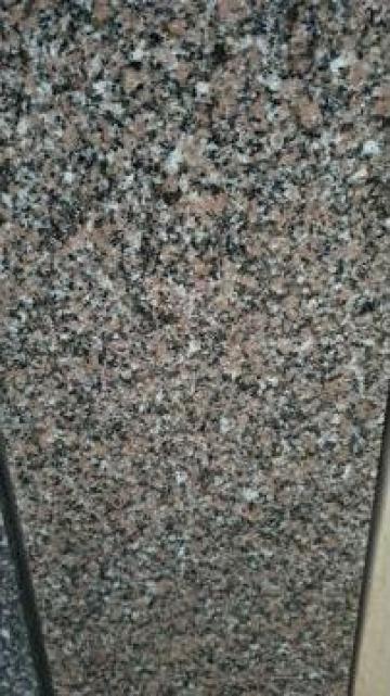 Glaf granit de la Hexi Market Srl