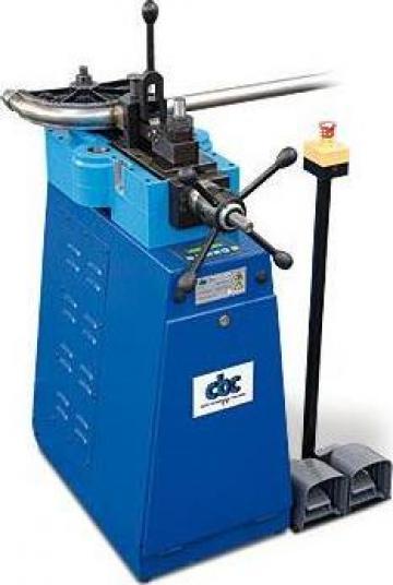 Masina de indoit tevi electrica fara dorn UNI 60 Combi de la Proma Machinery Srl.