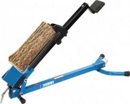 Masina pentru despicat lemne S015 de la Proma Machinery Srl.