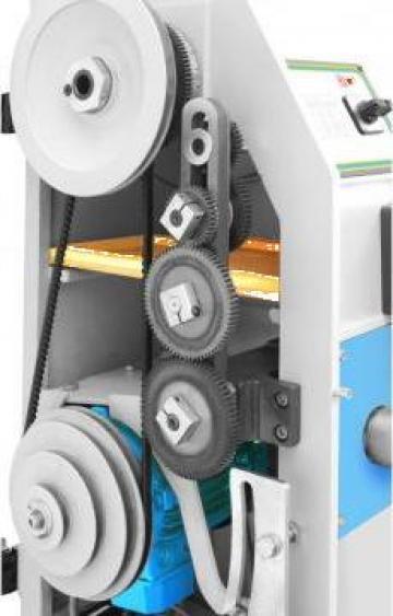 Mecanism ajustare turatie continuu variabil cu motor 1,1 kW de la Proma Machinery Srl.