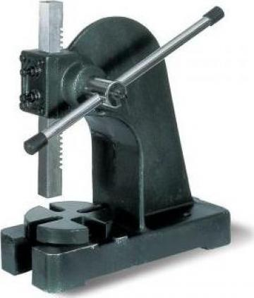 Presa manuala cu dorn pentru mandrina AP-1 de la Proma Machinery Srl.