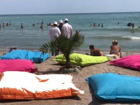 Sezlonguri saltele perne PUF (beanbag) pentru plaja, piscina de la M.f.l. Contract Services Srl