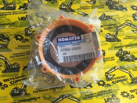 Buson rezervor Komatsu - 07050-20920 de la Intrapart Company Srl